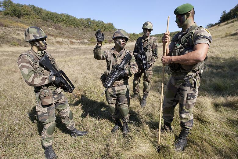 македонци во легија на странци на нафтени платформи и како ловци на краби reporter mk