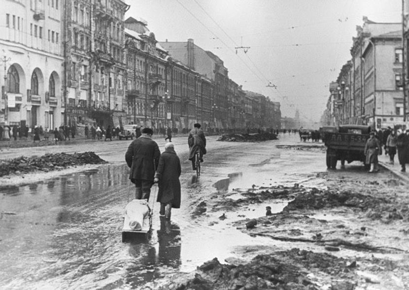 RIAN_archive_324_In_besieged_Leningrad