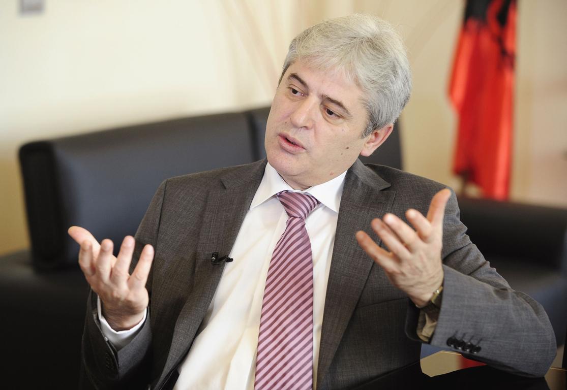 Што стои позади изјавите на Ахмети  Целта широка коалиција или нов политички договор