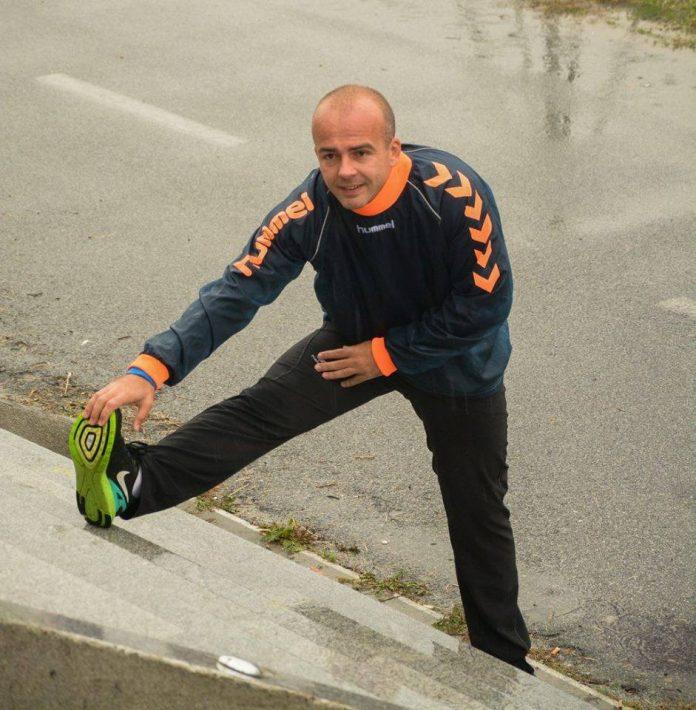Министерот за финансии Тевдовски  трча по планина