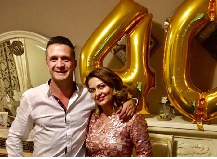 Фолк пејачот Зоран Ванев прослави 20 години брак