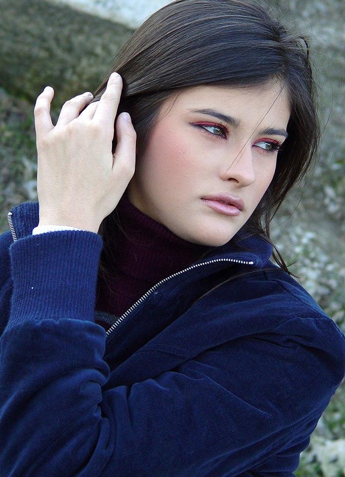 (ГАЛЕРИЈА) Катарина Ивановска на почетокот на кариерата ... бритни спирс инстаграм